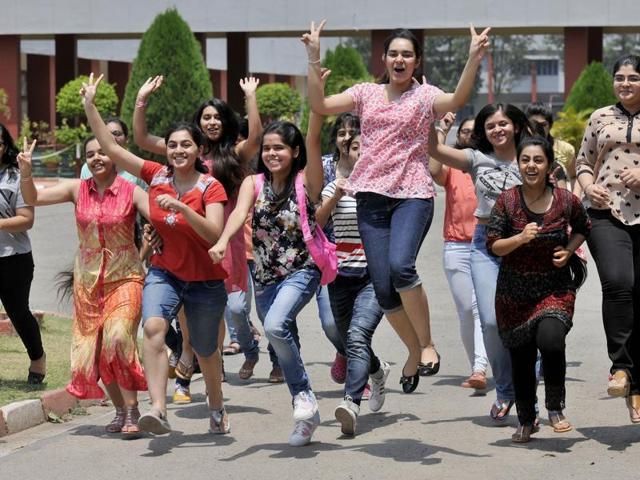 मुख्यमंत्री कन्या उत्थान योजना, साइकिल योजना समेत विभिन्न योजनाओं के तहत छात्राओं के लिए ₹9.47 अरब रुपये की राशि जारी